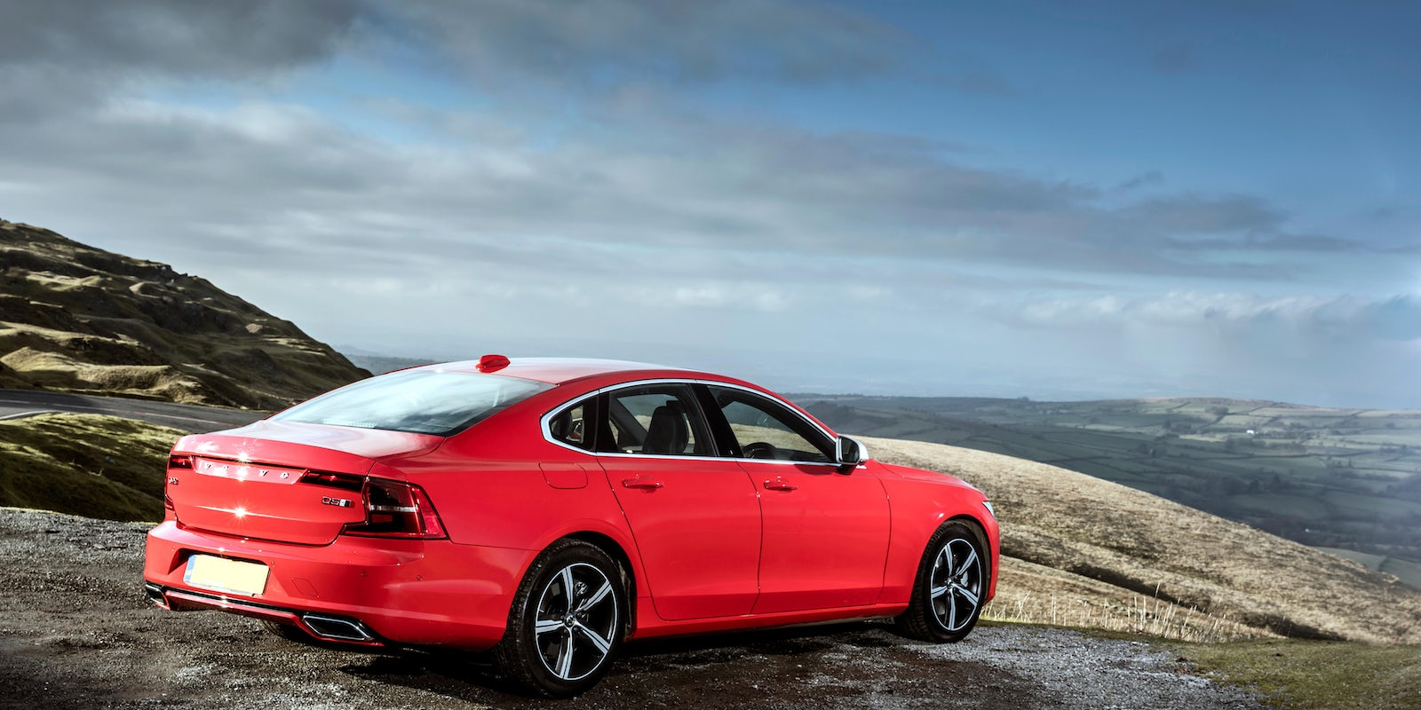 Volvo S90 Review | carwow