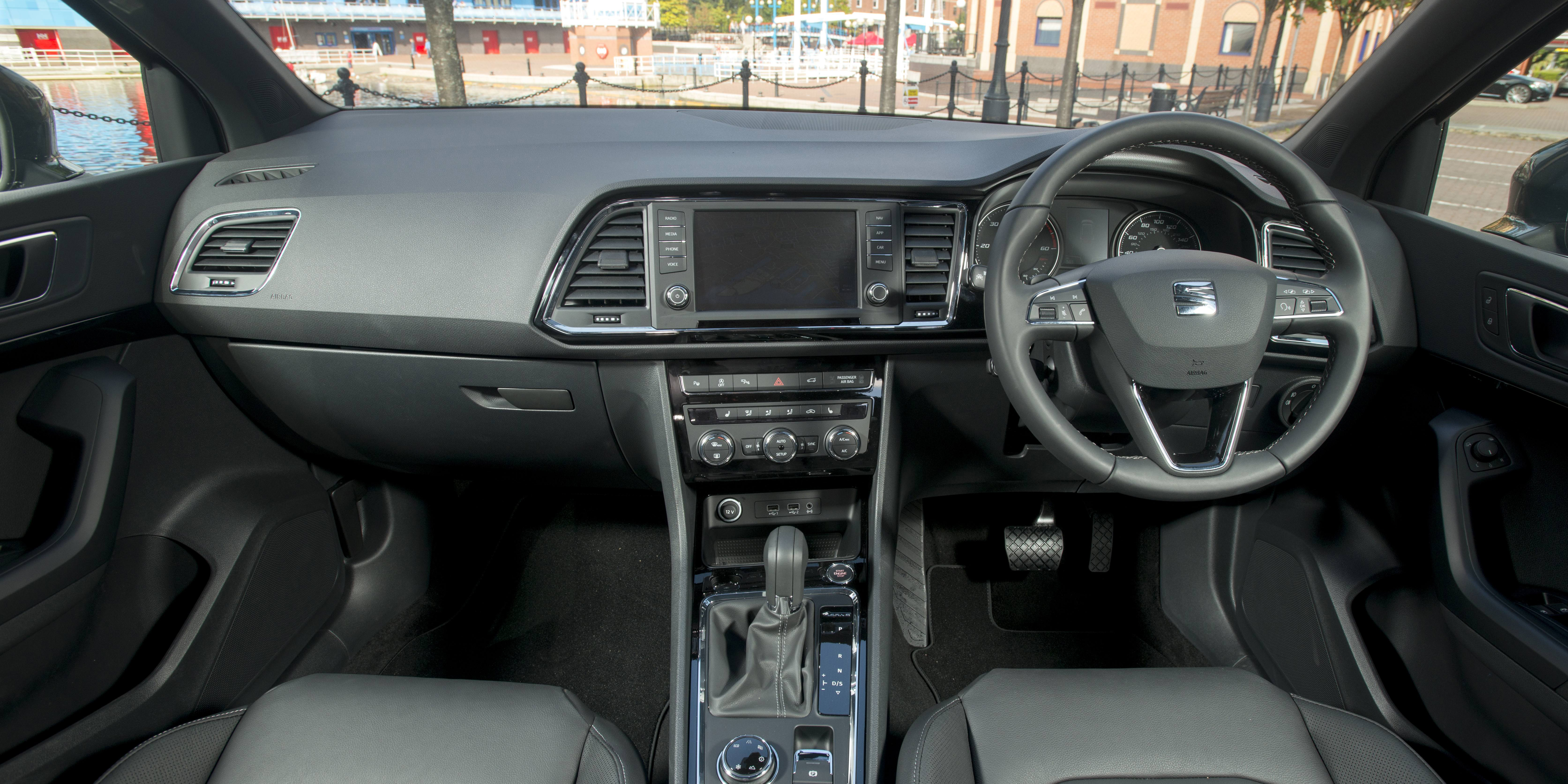 SEAT Ateca Interior & Infotainment | carwow