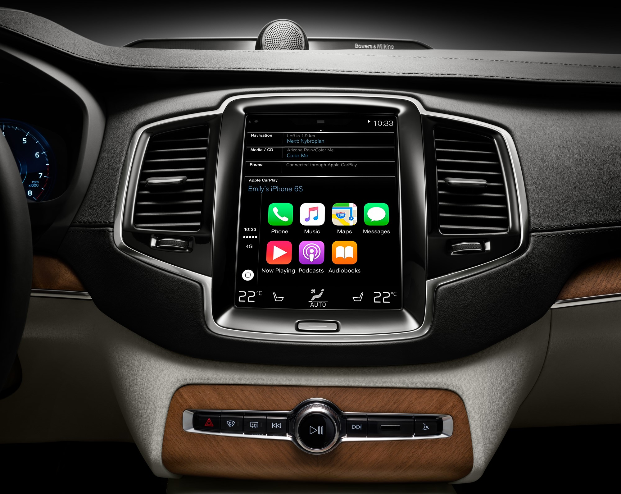 full list of cars on sale with apple carplay carwow. Black Bedroom Furniture Sets. Home Design Ideas