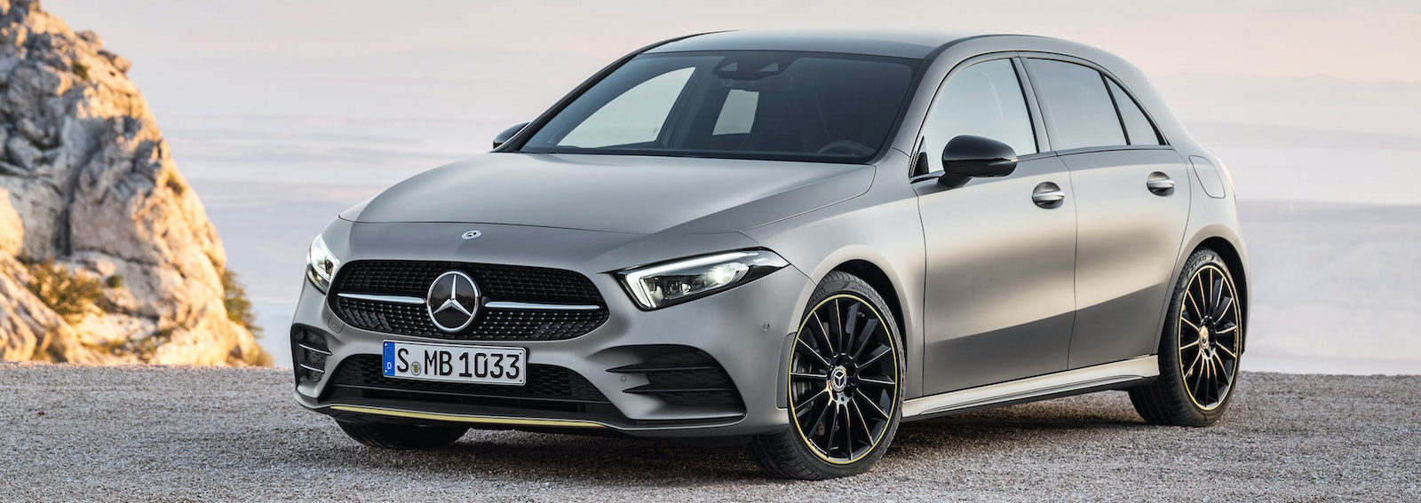 2018 mercedes a class price specs release date carwow. Black Bedroom Furniture Sets. Home Design Ideas