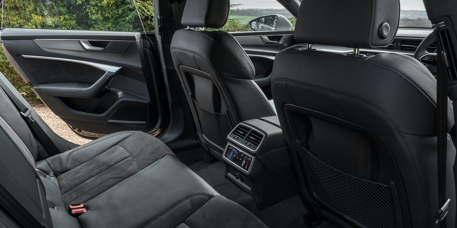audi a7 sportback 2018 specifications carwow. Black Bedroom Furniture Sets. Home Design Ideas