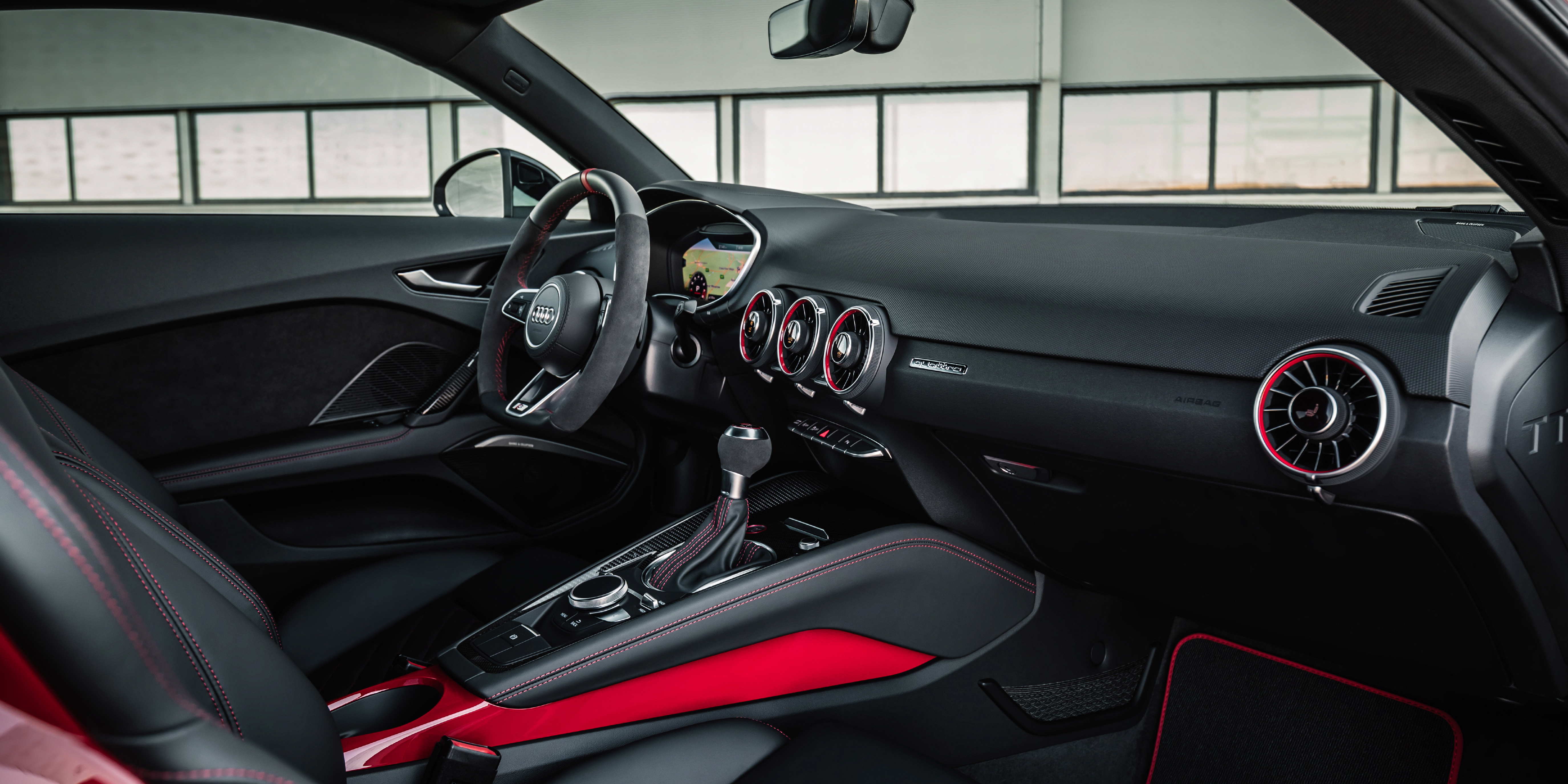 Audi TTS Interior & Infotainment | carwow