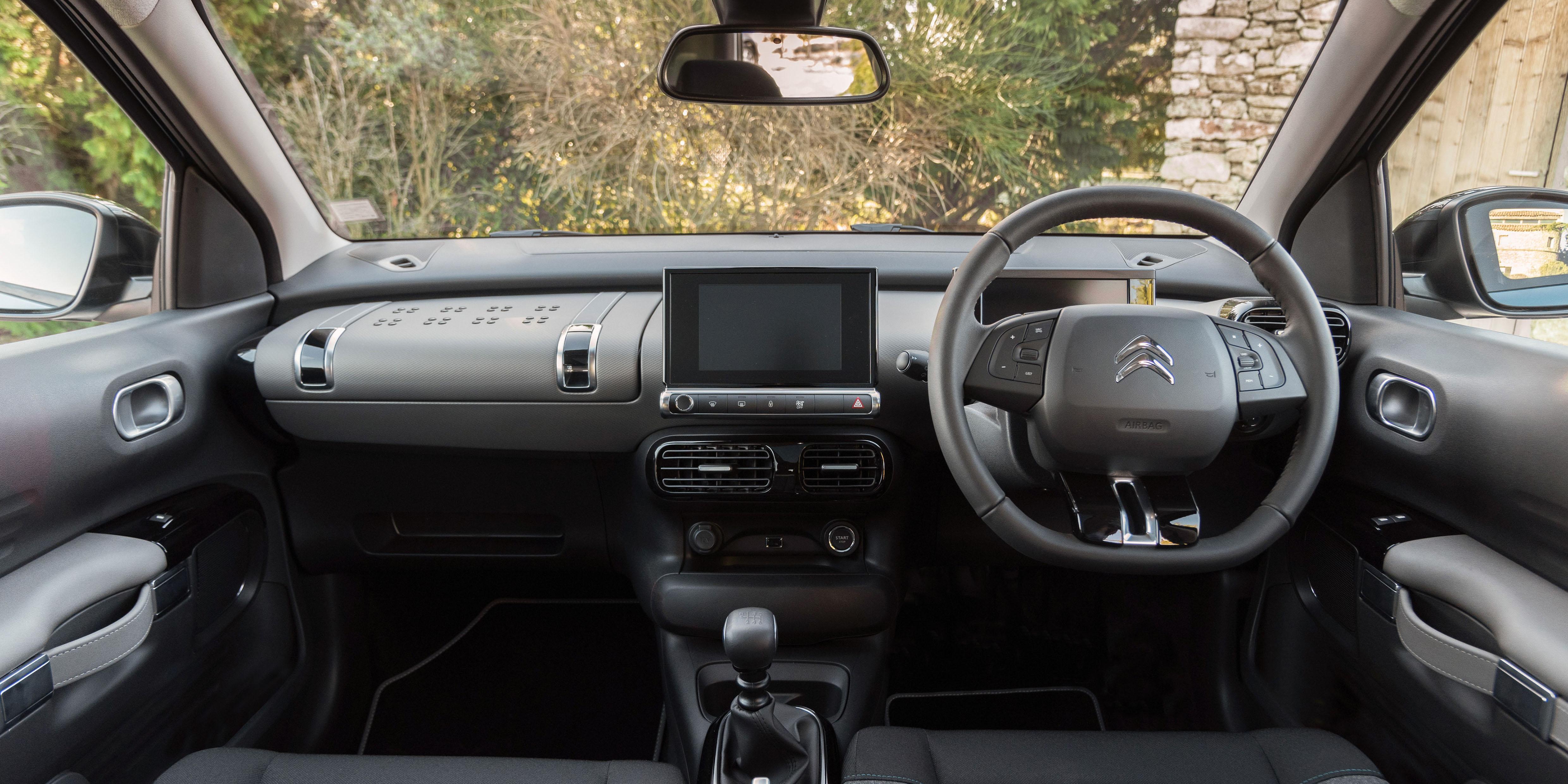 Citroen C4 Cactus Interior & Infotainment   carwow