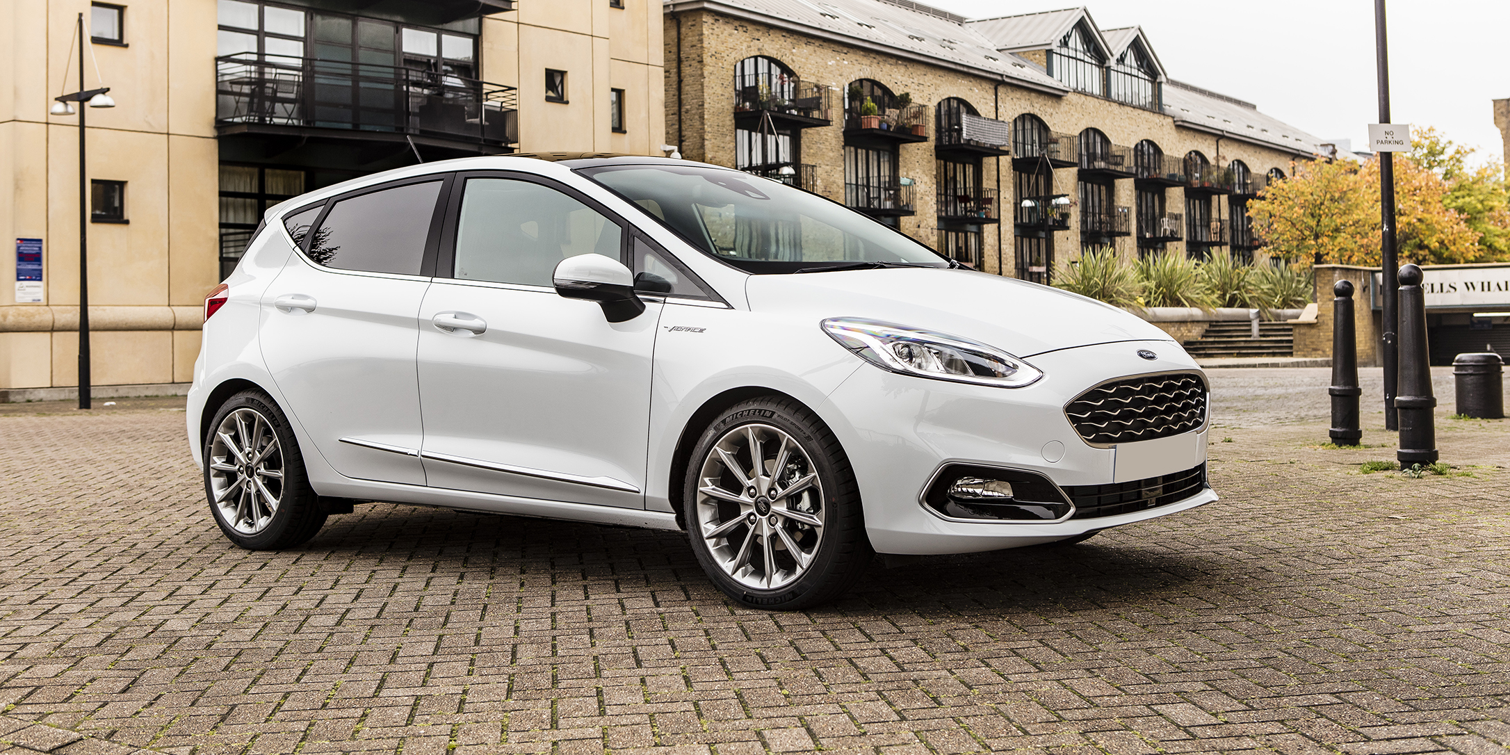 new ford fiesta vignale review carwow. Black Bedroom Furniture Sets. Home Design Ideas