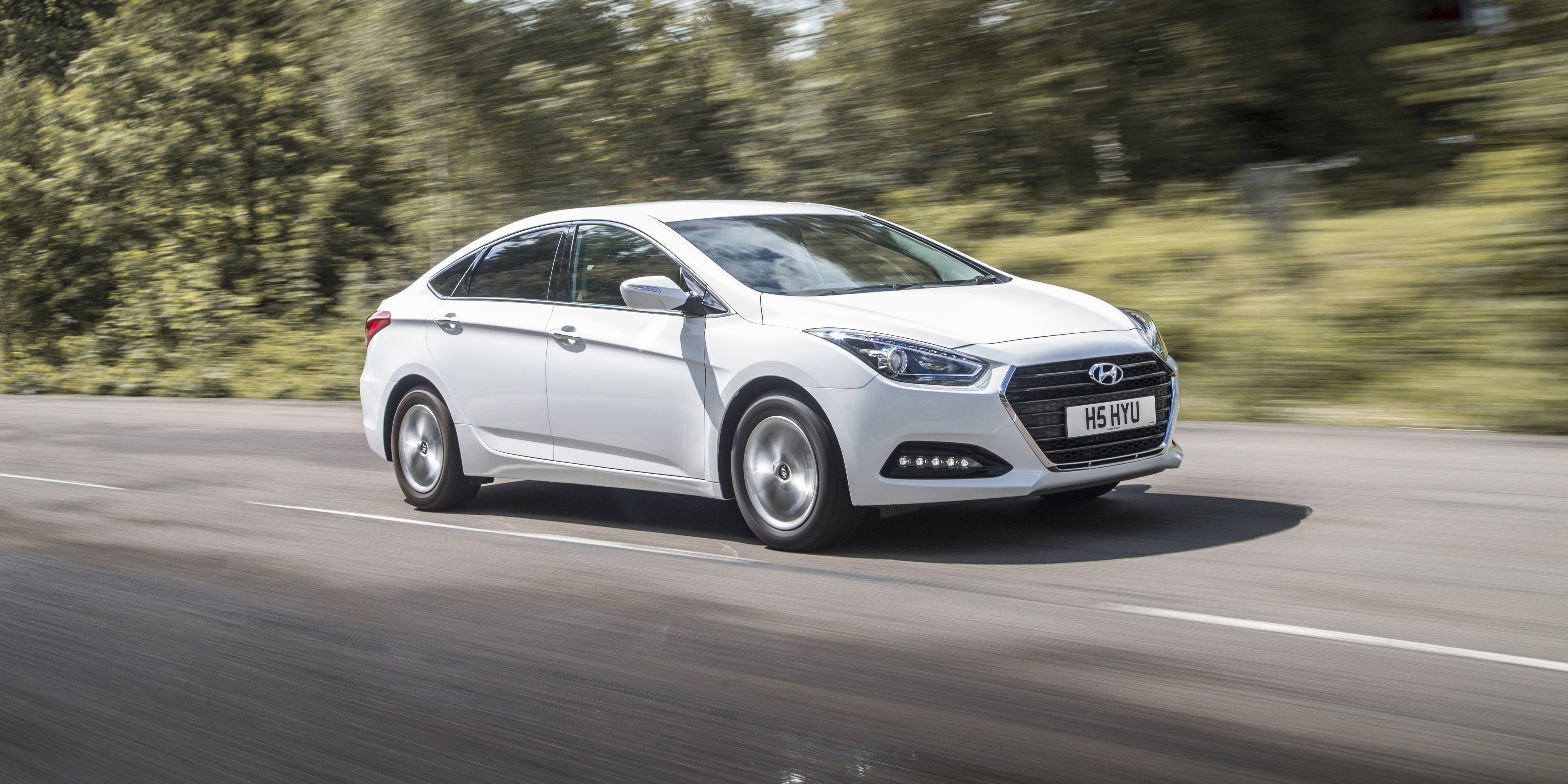 Hyundai i40 Specifications & Prices | carwow