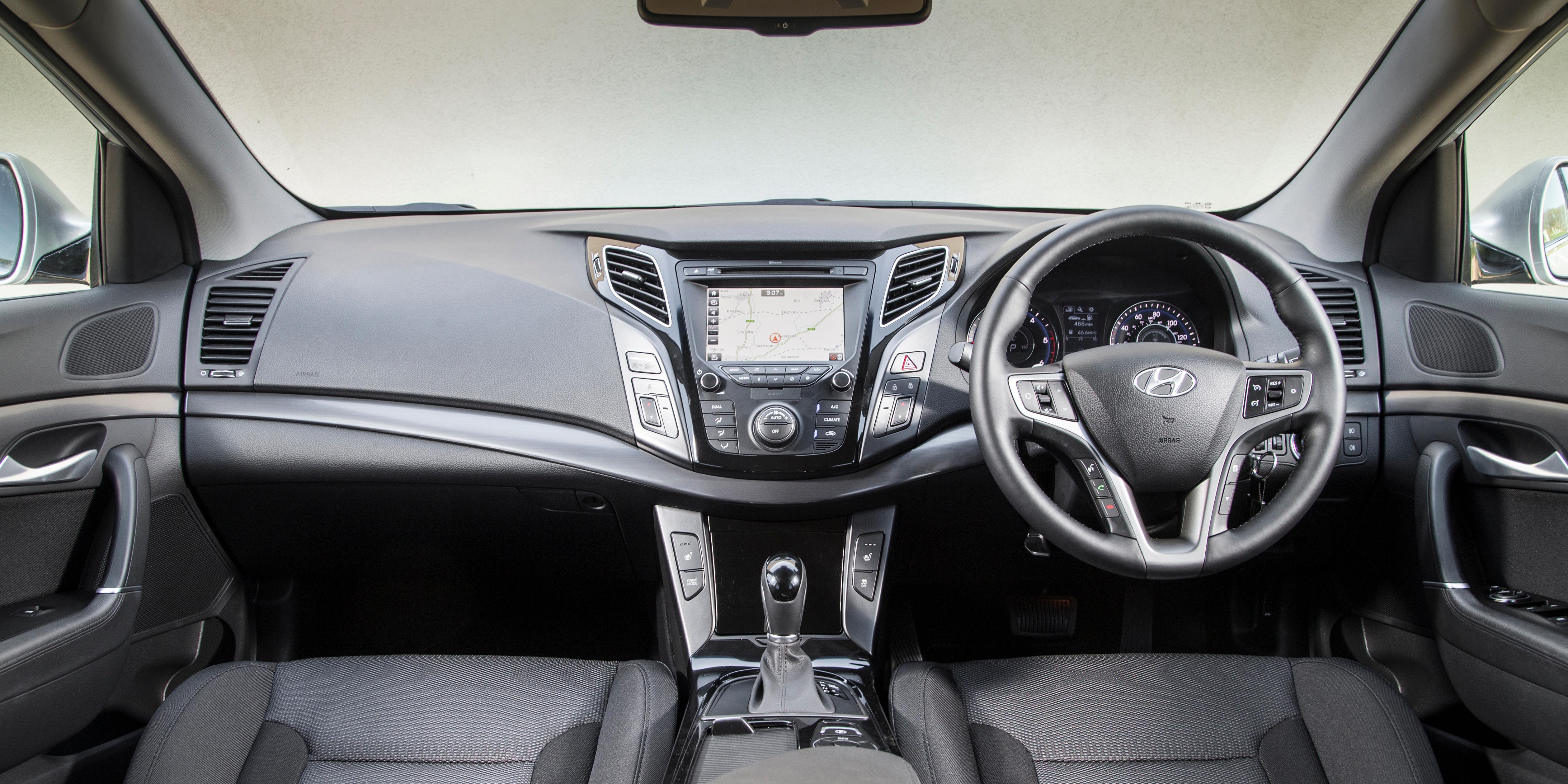 Hyundai I40 Interior Amp Infotainment Carwow