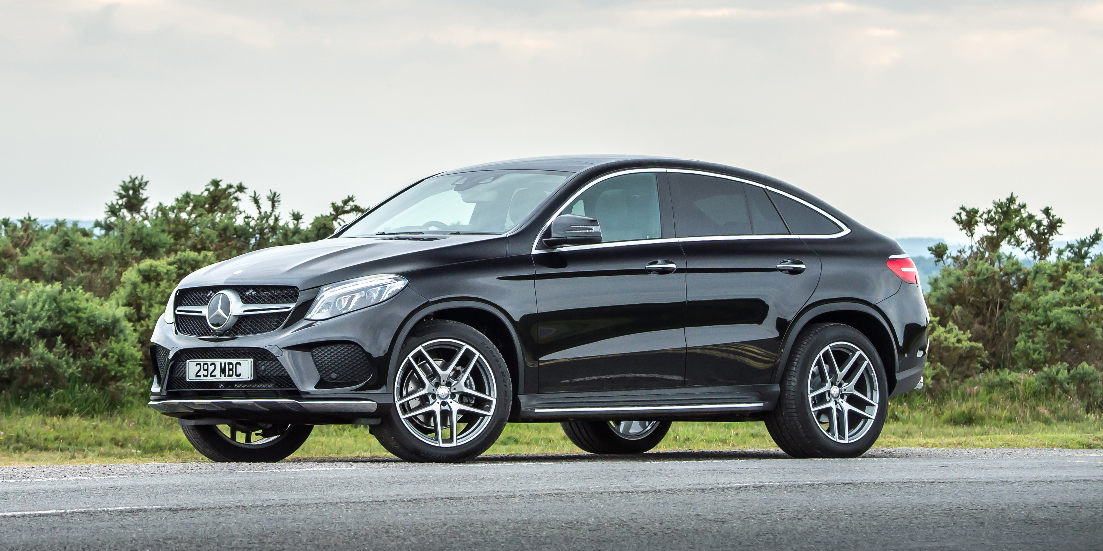 new mercedes gle coupe review carwow. Black Bedroom Furniture Sets. Home Design Ideas