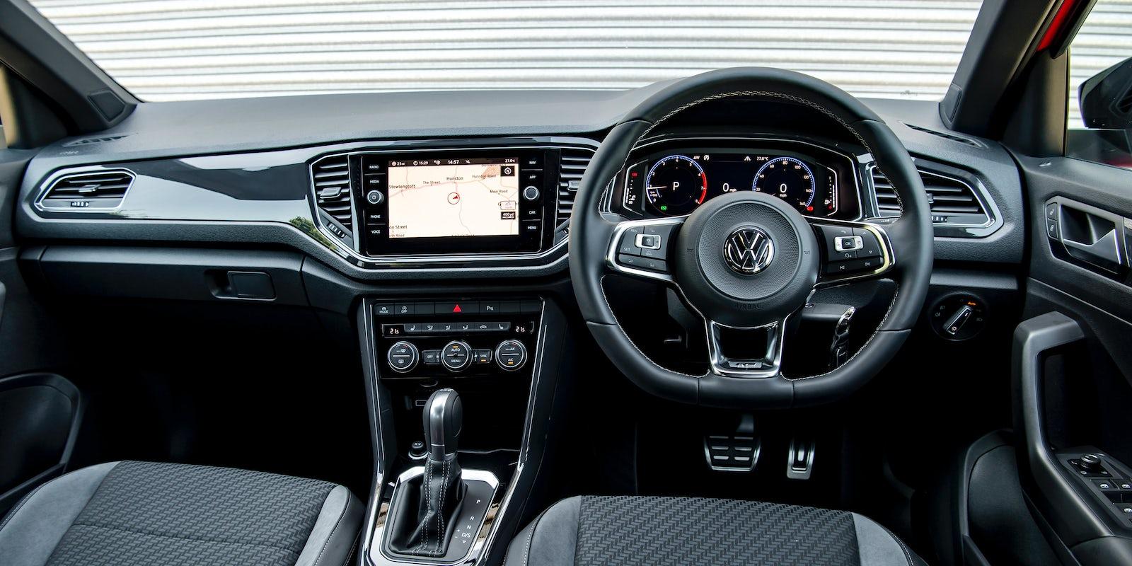 volkswagen  roc interior infotainment carwow