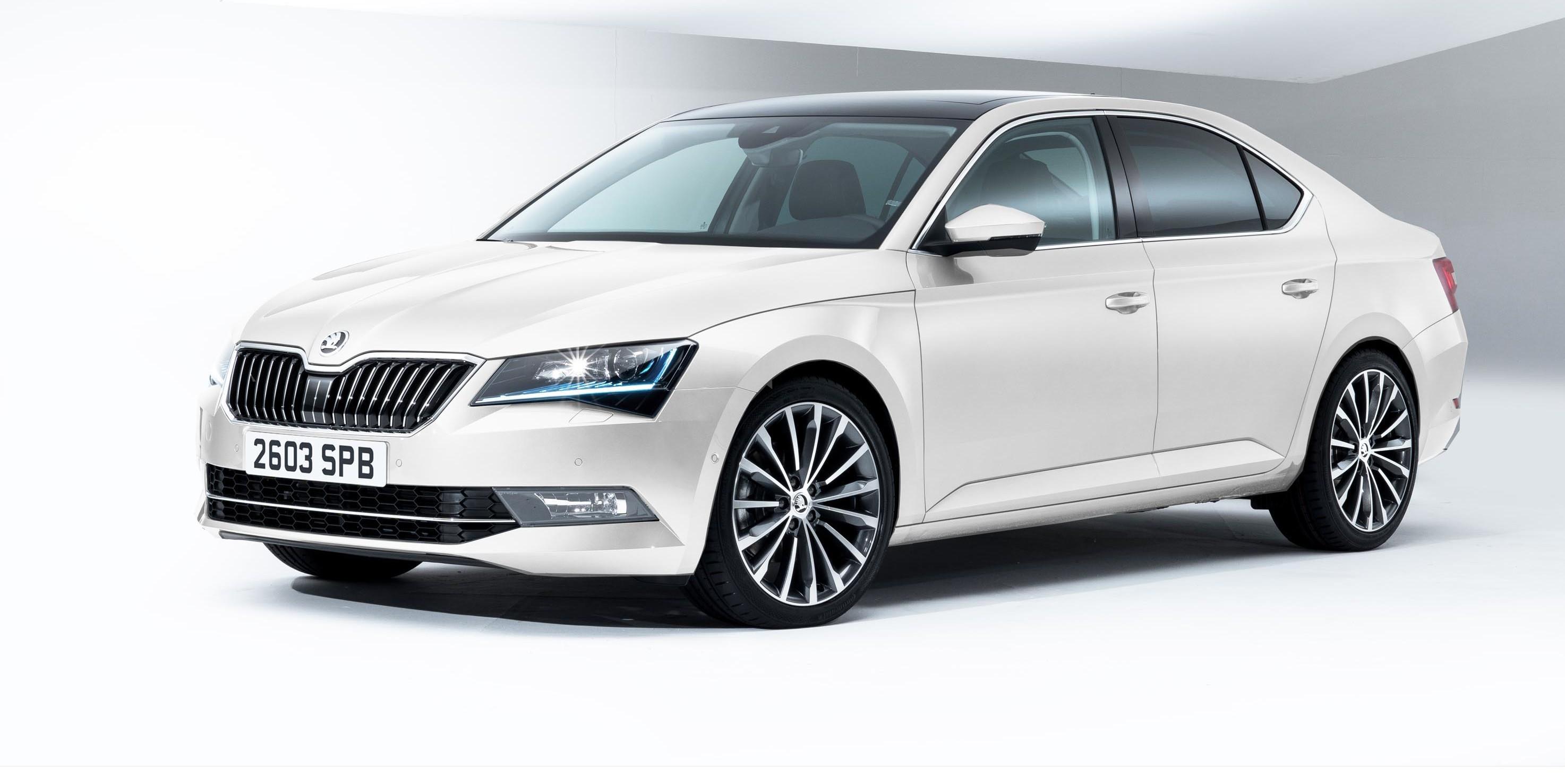 Skoda Superb SE Business trim released | carwow