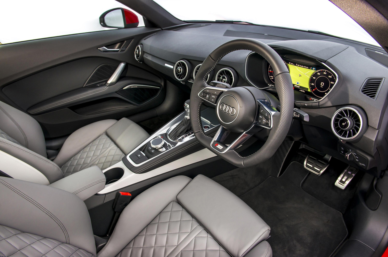 Audi TT Interior & Infotainment | carwow