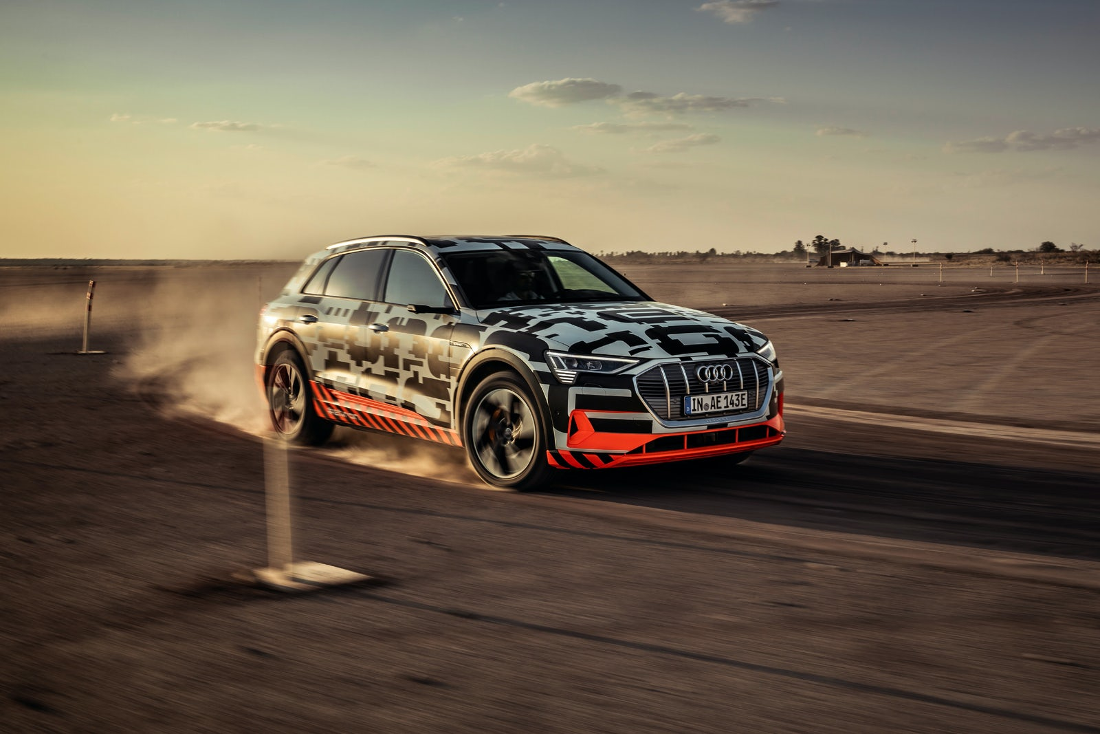 Audis Quattro All Wheel Drive System Explained Carwow Shw Me Transfer Case Diagram The Audi E Tron Has Electric Motors That Open A World Of New Possibilities
