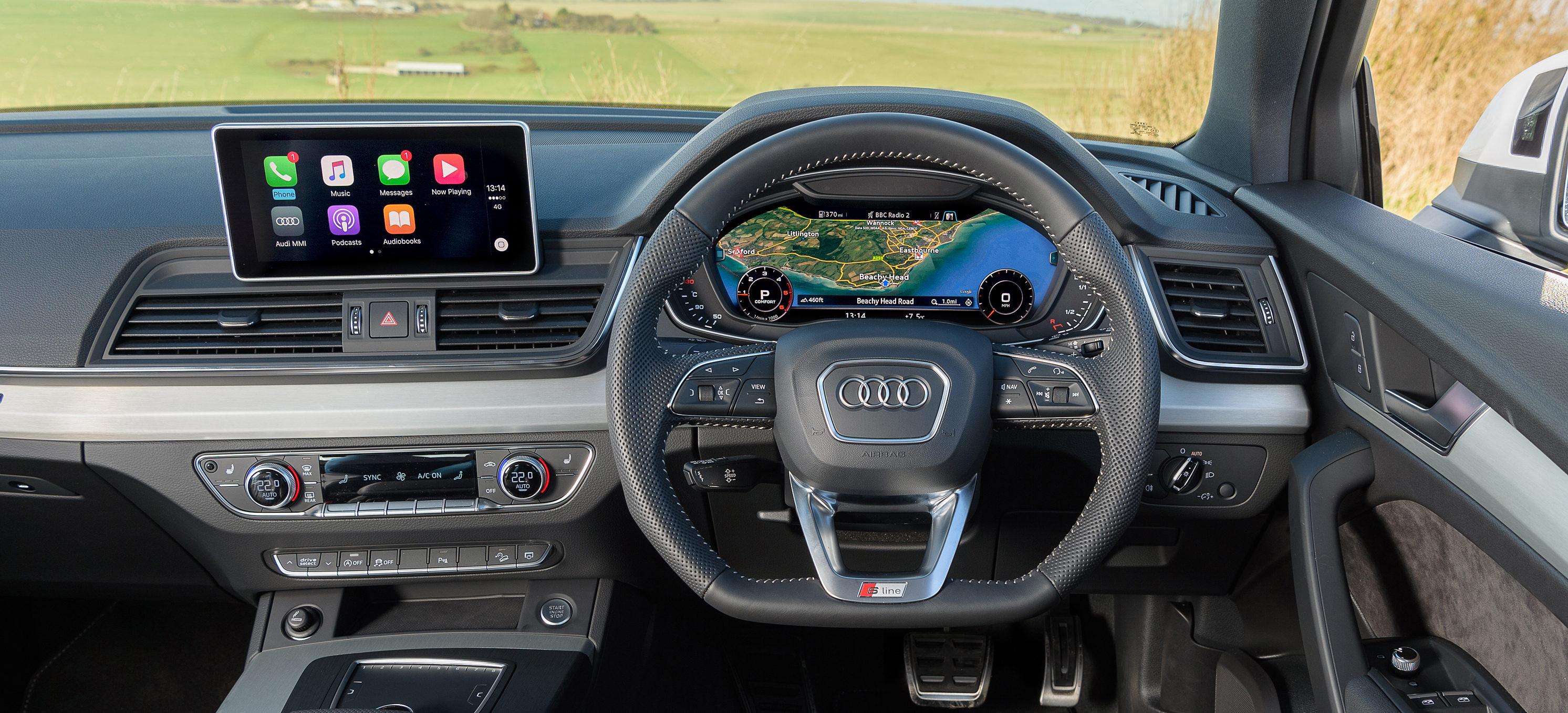 Audi Q5 Interior & Infotainment | carwow