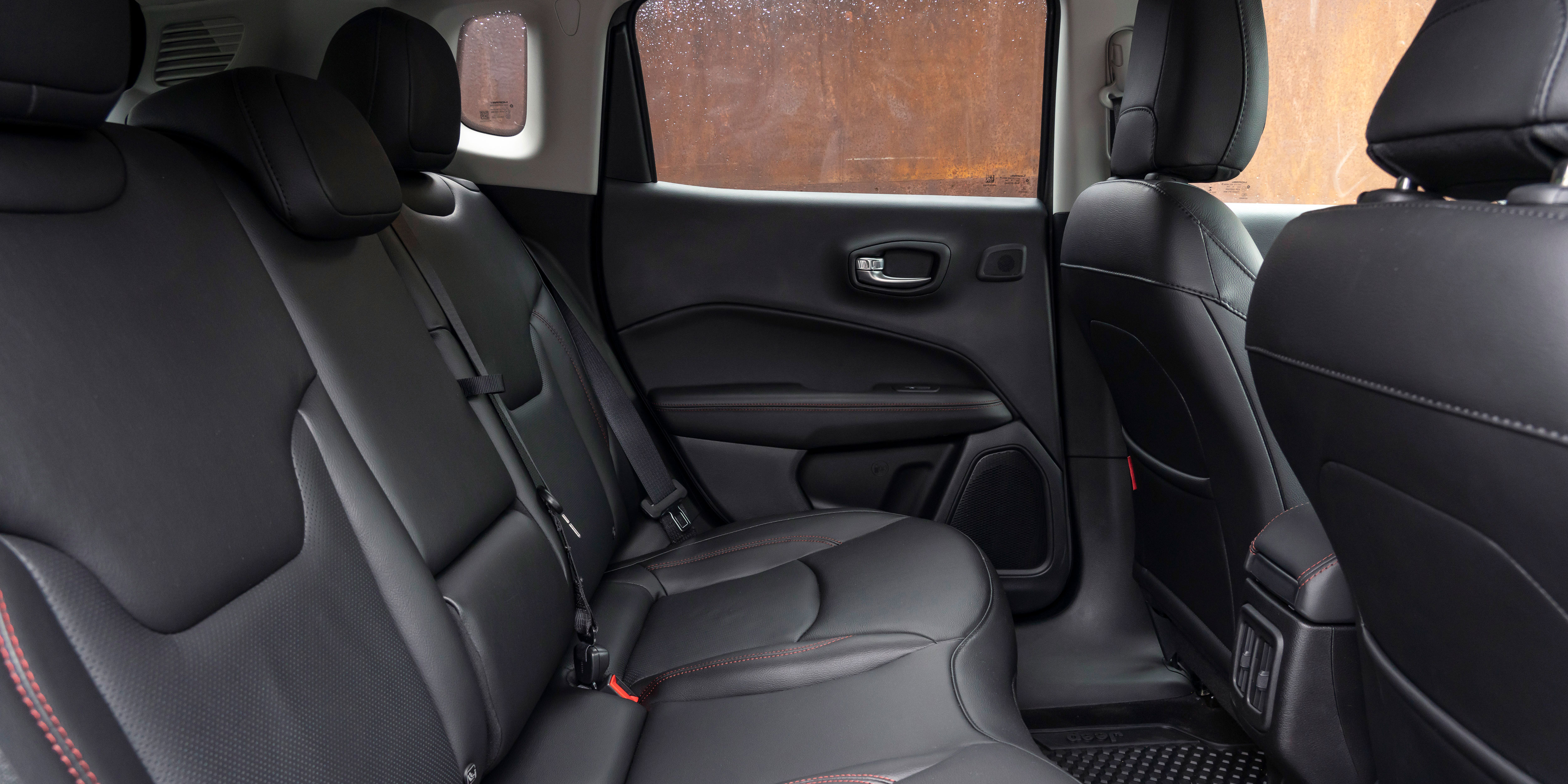 Land Rover Models >> Jeep Compass Interior & Infotainment | carwow