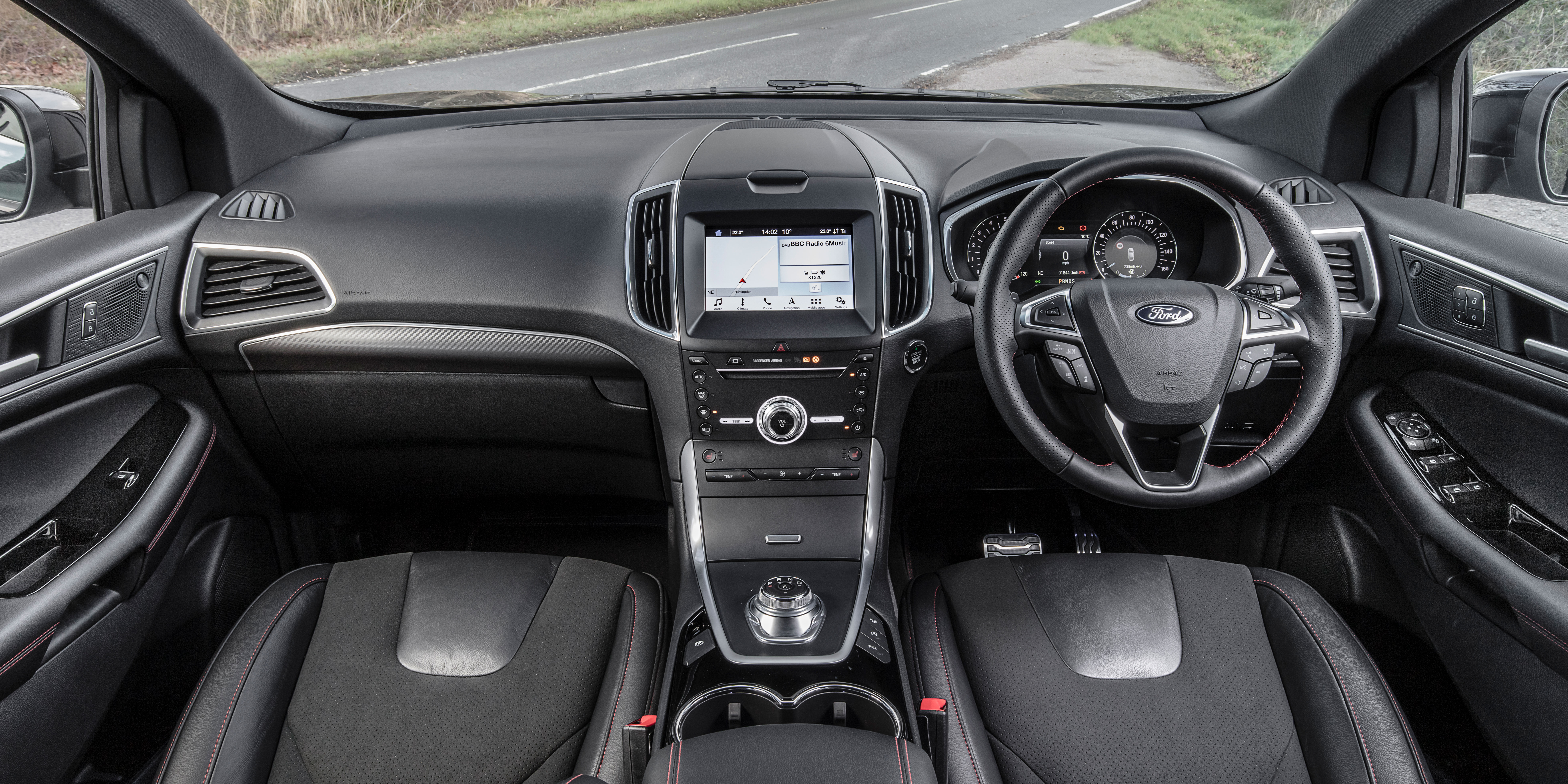 Ford Edge Interior & Infotainment | carwow