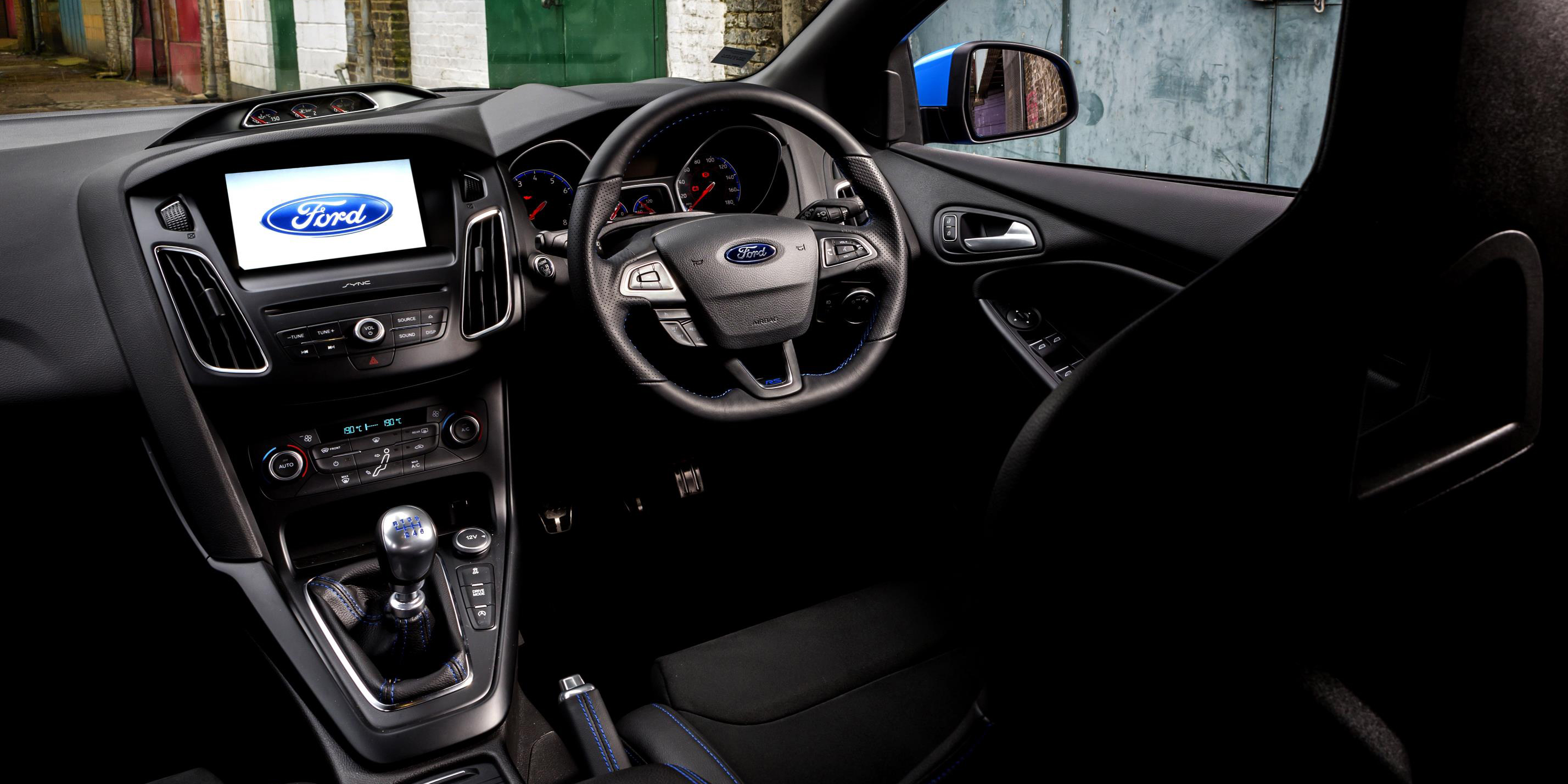 Ford Focus Rs Interior Infotainment Carwow