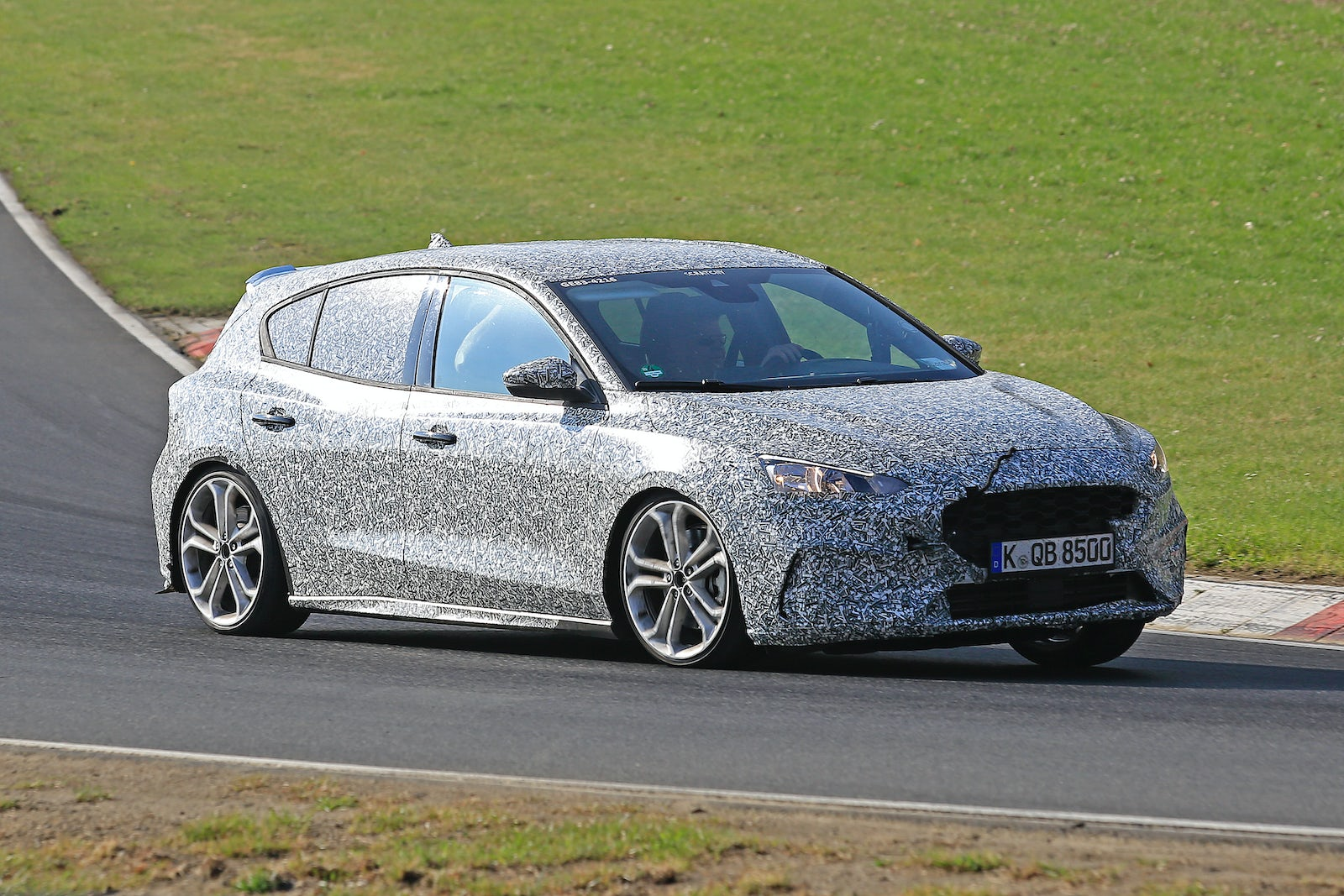 2019 Ford Focus ST price, specs,release date | carwow