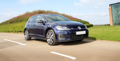 3. Volkswagen Golf GTE