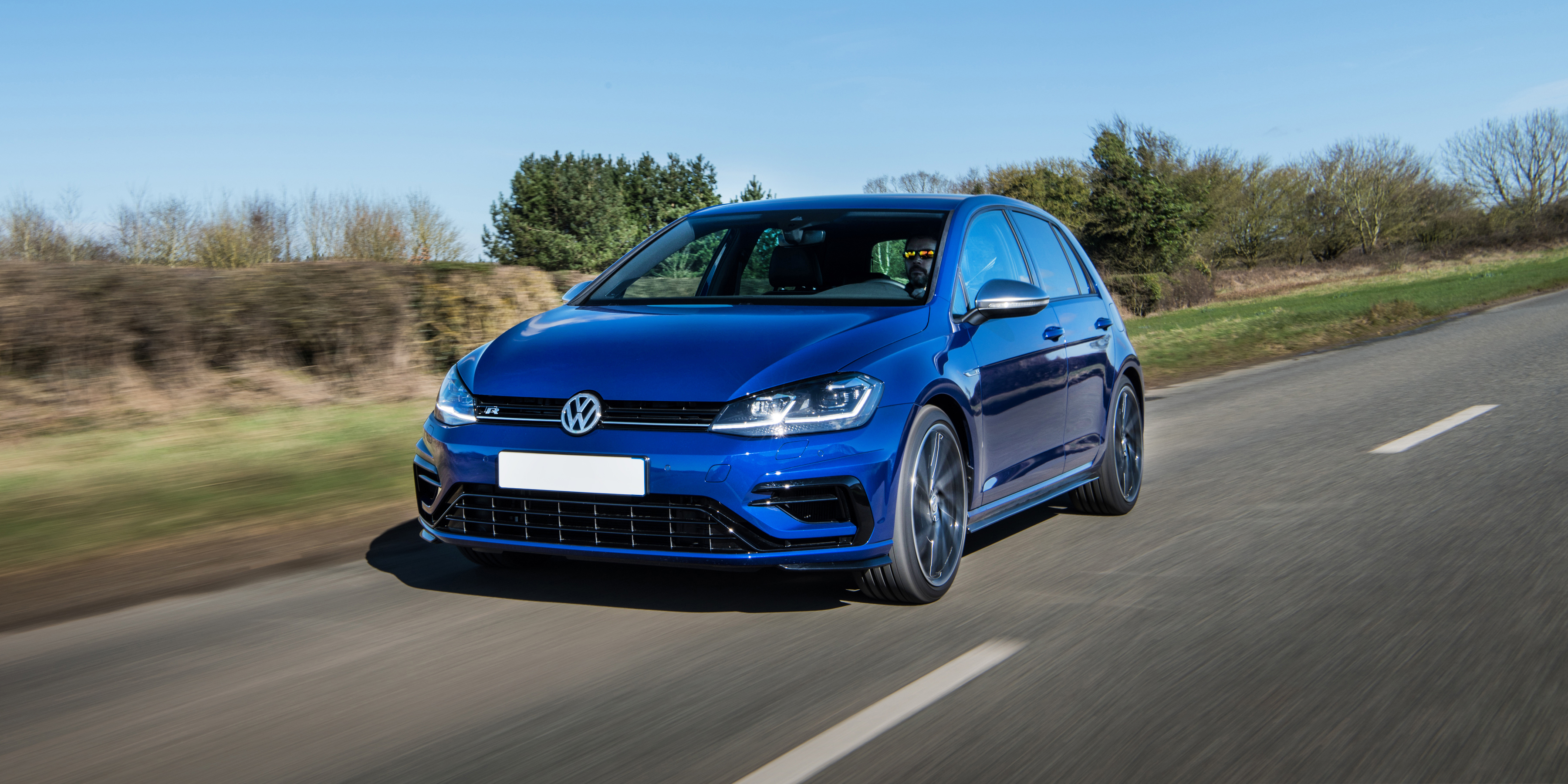 New Volkswagen Golf R Review | carwow
