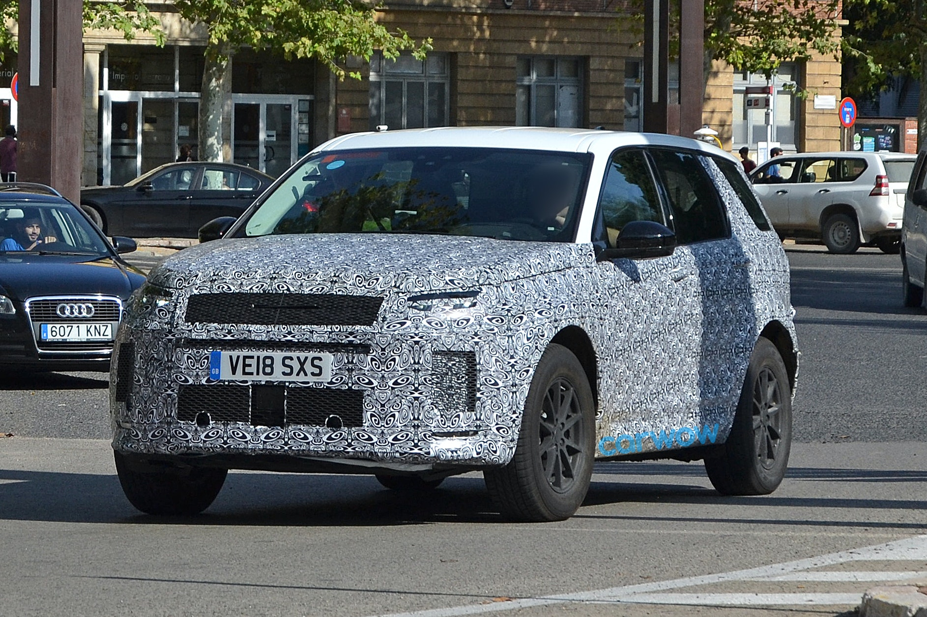 New 2019 Land Rover Discovery Sport Price Specs And Release Date