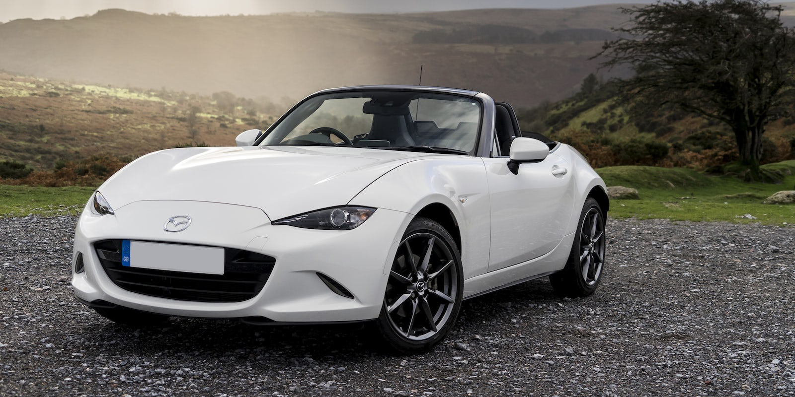 mazda mx 5 review carwow. Black Bedroom Furniture Sets. Home Design Ideas
