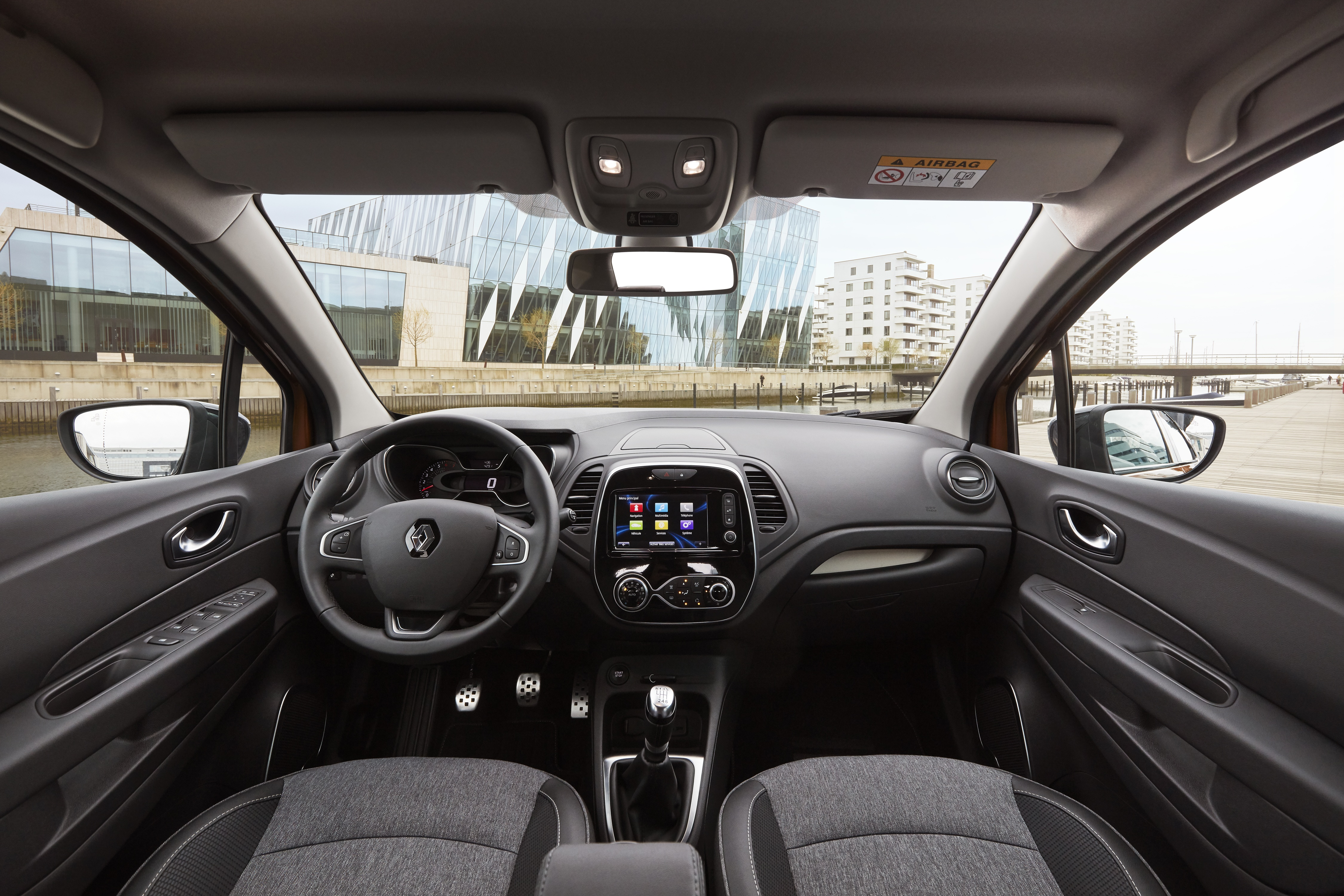 Renault Captur 2020: Interior, Price, Redesign, And Specs >> Renault Captur Interior Infotainment Carwow