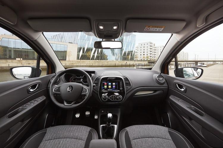 Renault Captur Interior & Infotainment   carwow