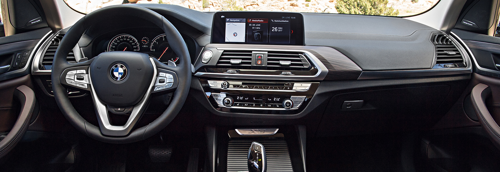 new bmw 2018. perfect new the x4u0027s cabin will be very similar to the x3u0027s shown here in new bmw 2018