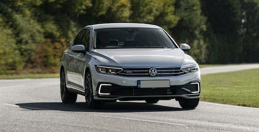 2. Volkswagen Passat