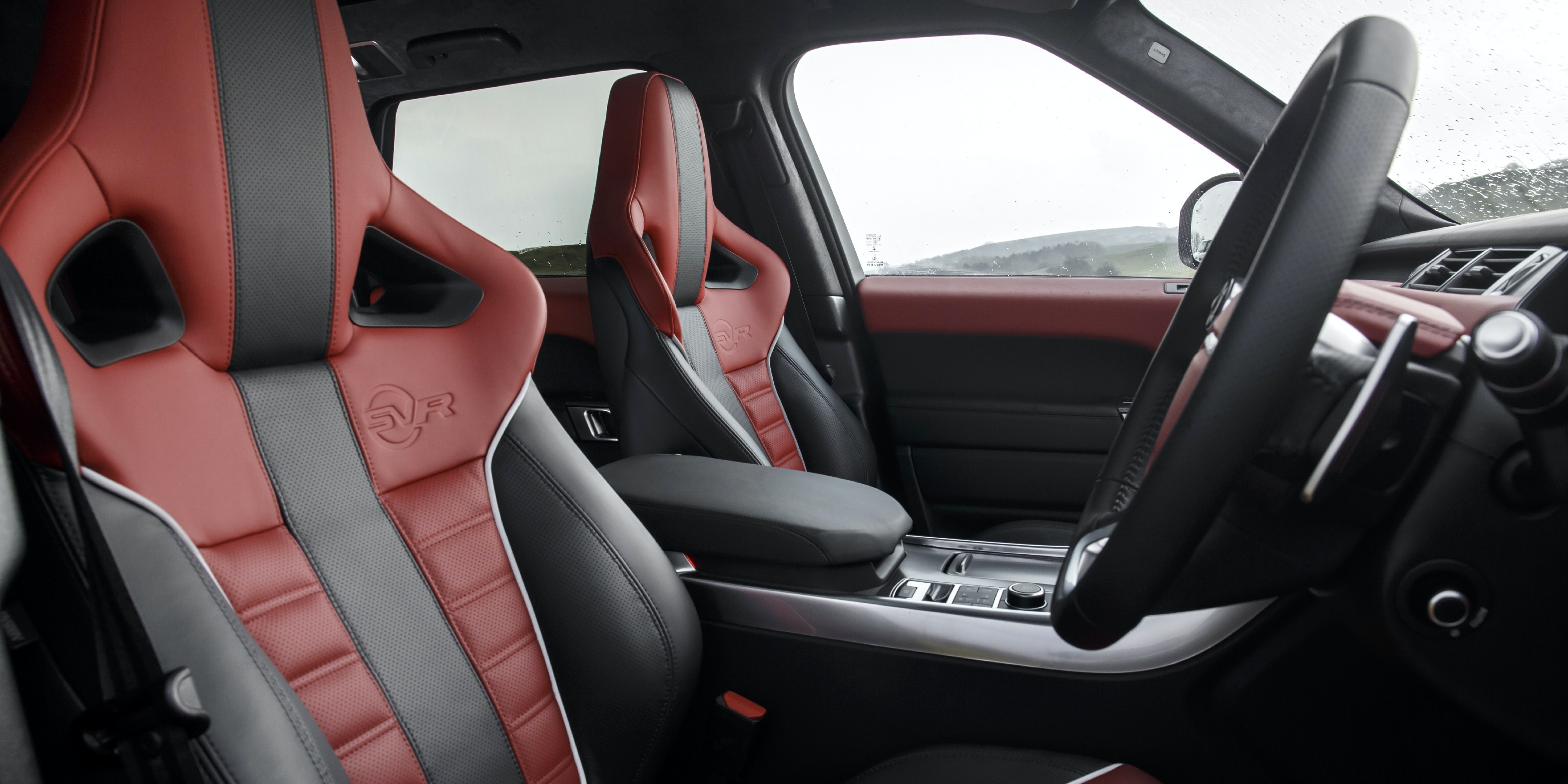 Land Rover Range Rover Sport SVR interior and infotainment ...