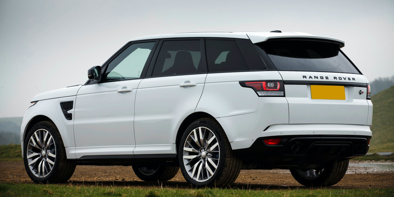 land rover range rover sport svr review carwow. Black Bedroom Furniture Sets. Home Design Ideas