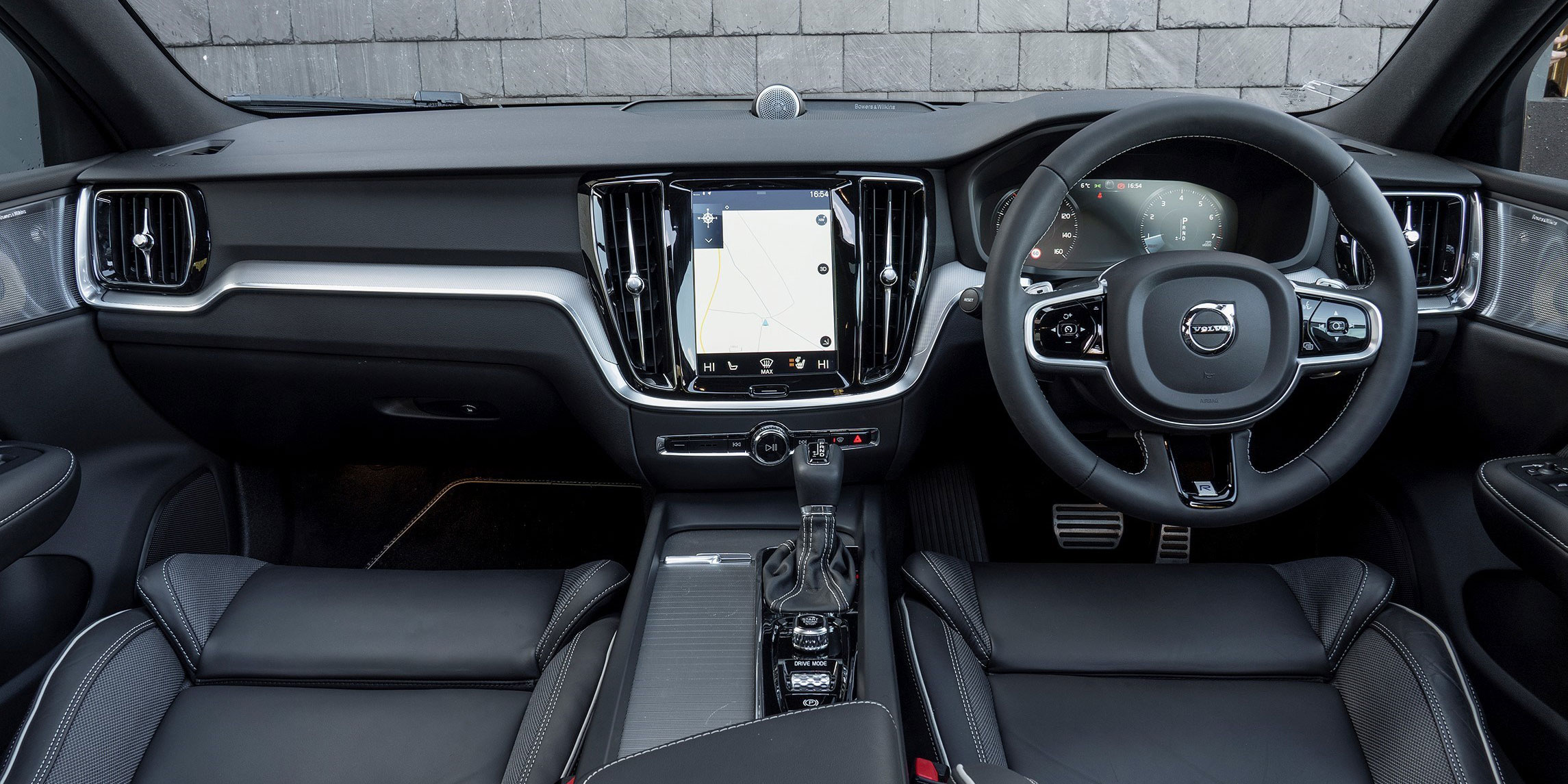 Volvo S60 Interior Infotainment Carwow