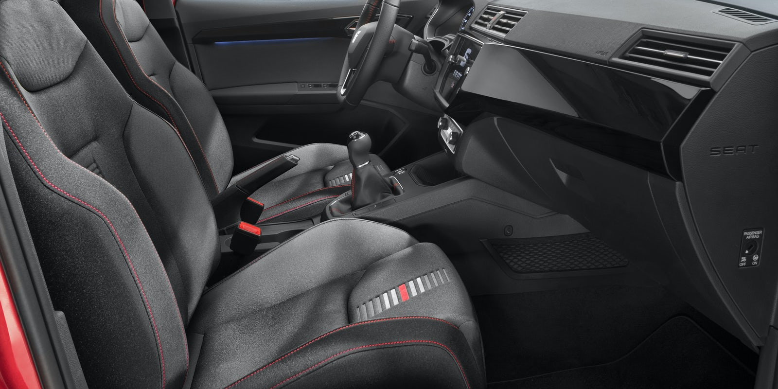 Seat ibiza 2017 review carwow for Interior ibiza 2017