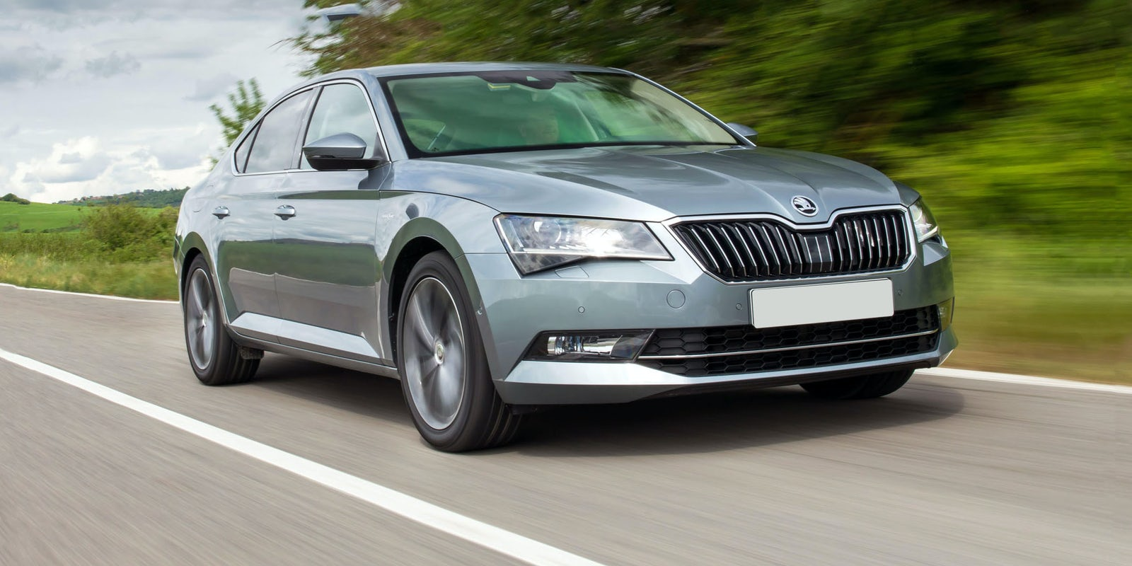 Skoda superb estate 1 4 tsi review autocar - 5 5