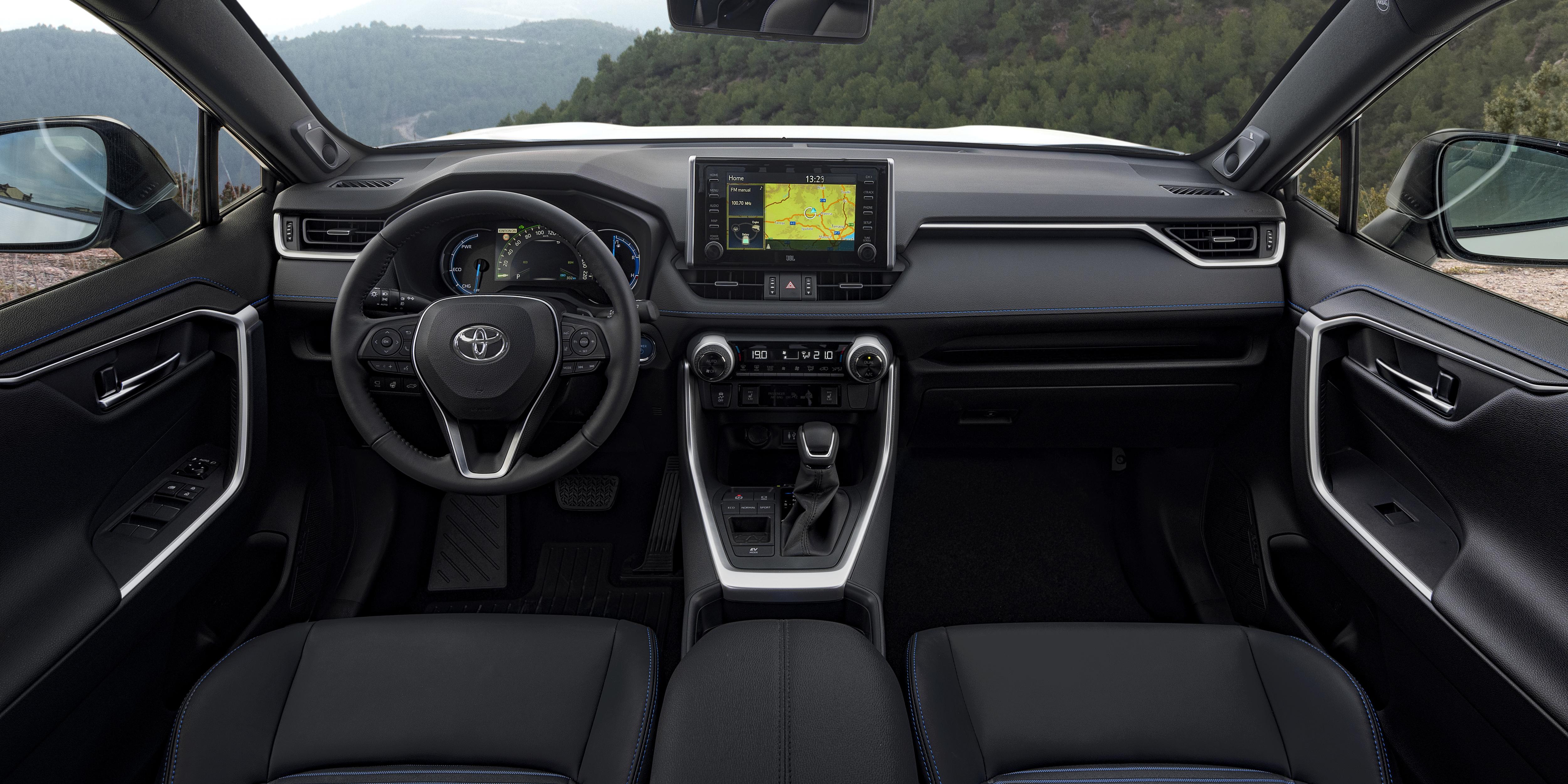 Toyota Rav4 Interior Amp Infotainment Carwow