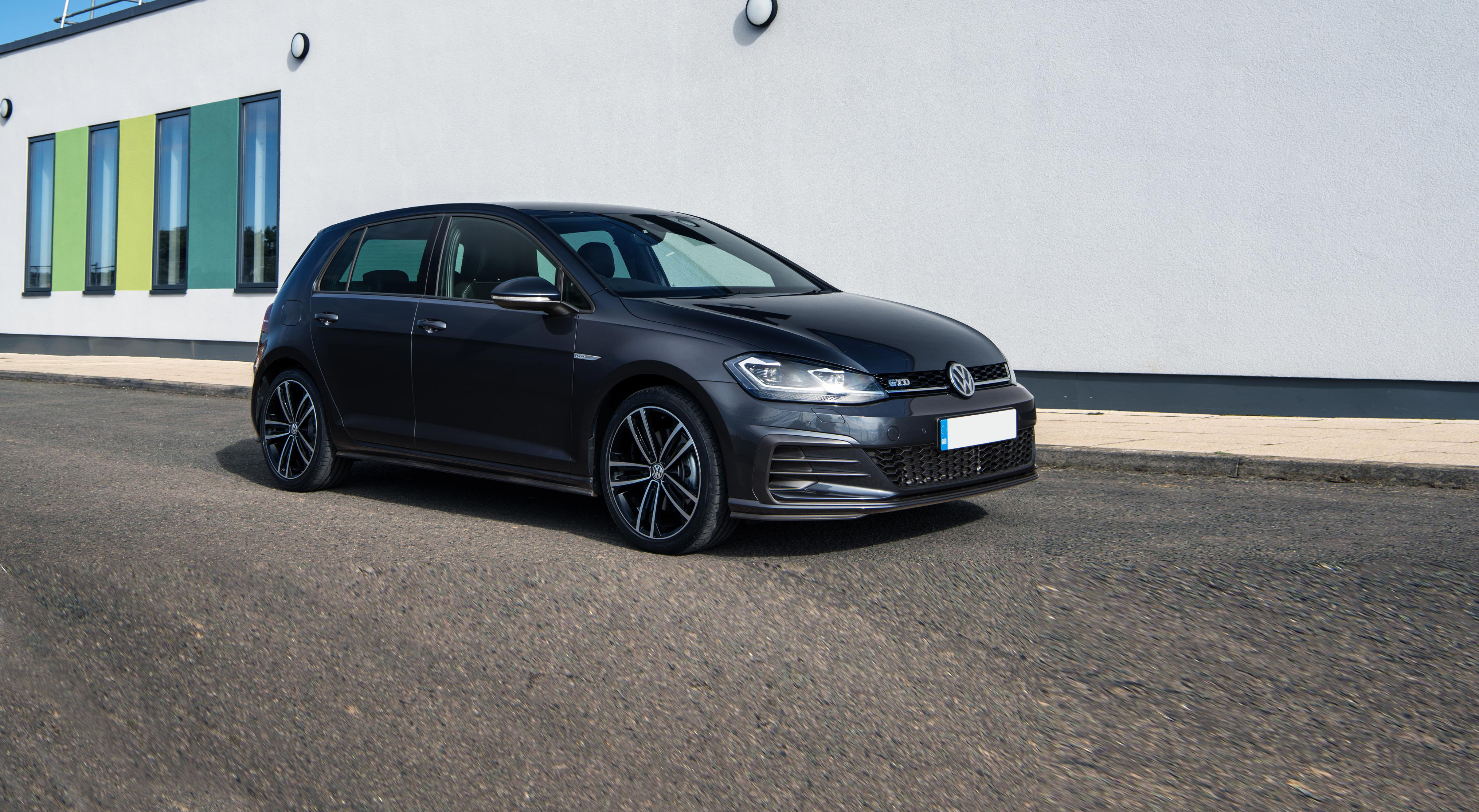 New Volkswagen Golf GTD Review | carwow