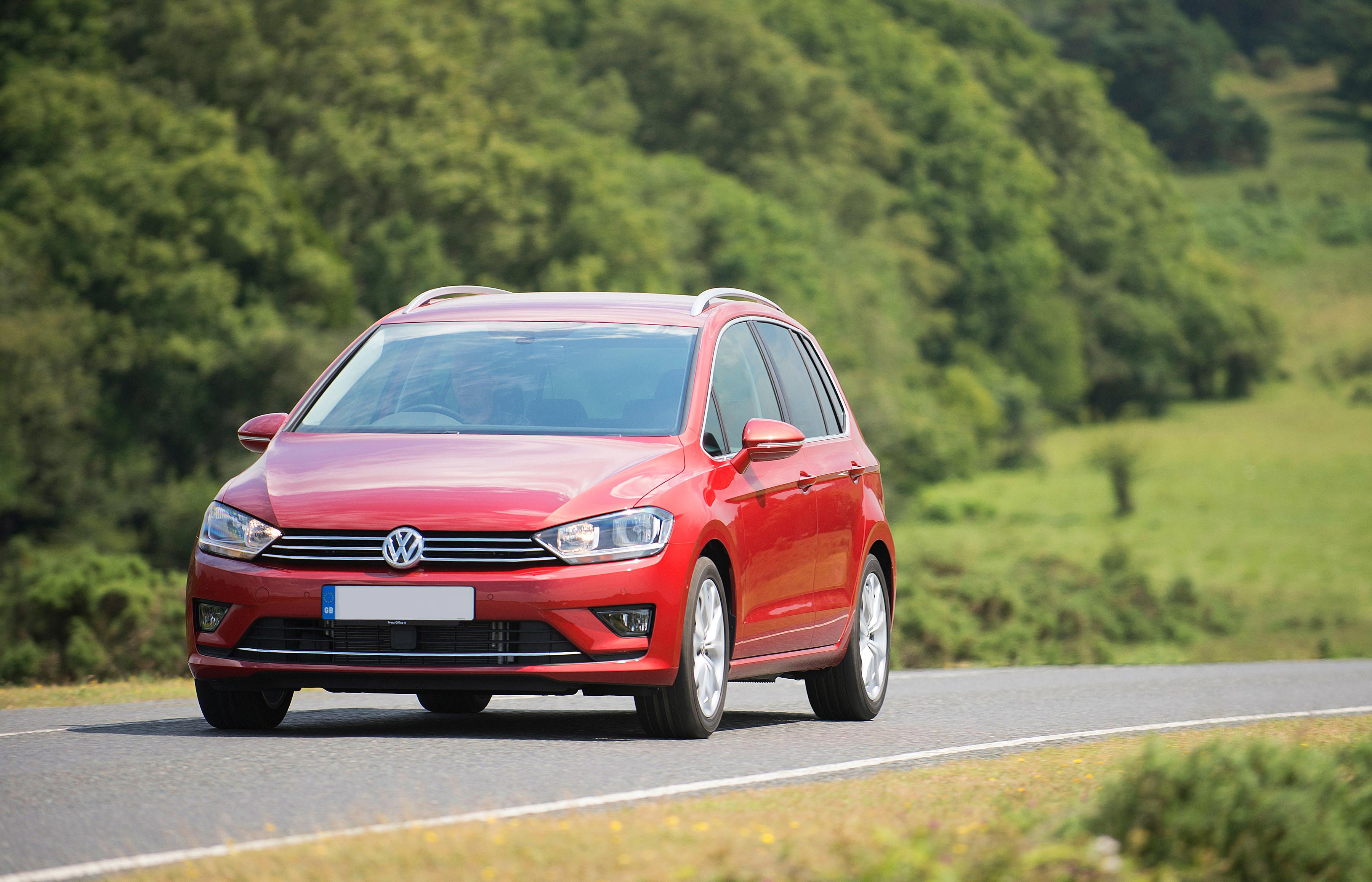 New Volkswagen Golf Sv Review Carwow