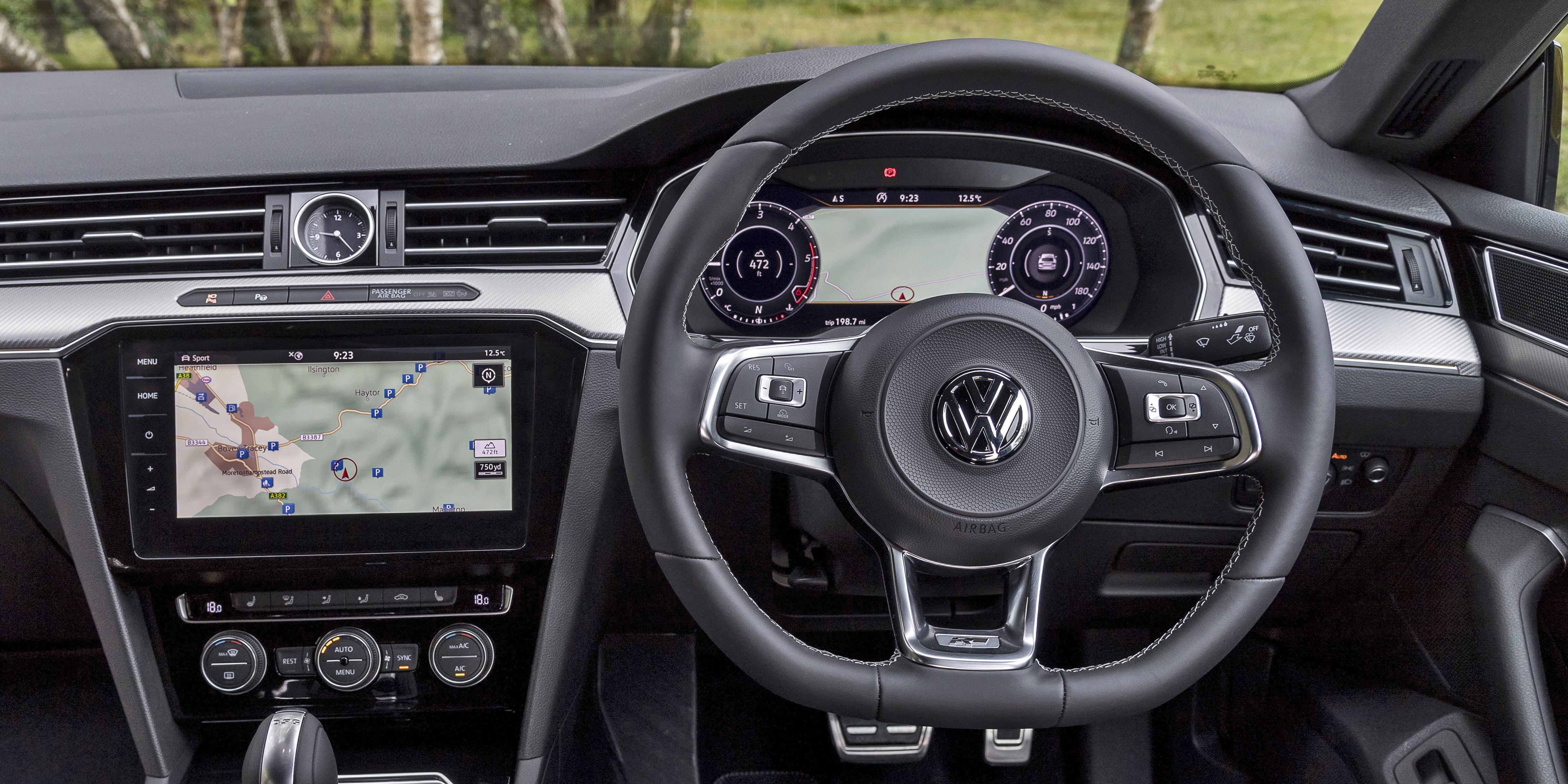 Volkswagen Arteon Interior & Infotainment | carwow
