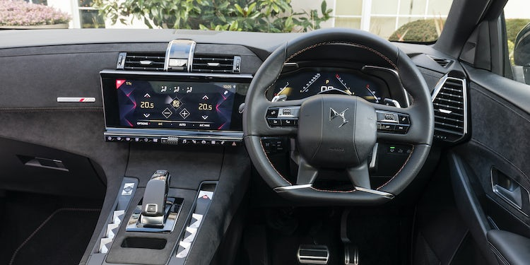 DS 7 Crossback Interior & Infotainment | carwow