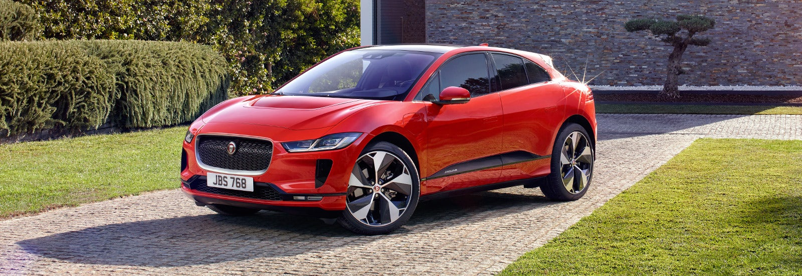 jaguar j pace suv price specs and release date carwow. Black Bedroom Furniture Sets. Home Design Ideas