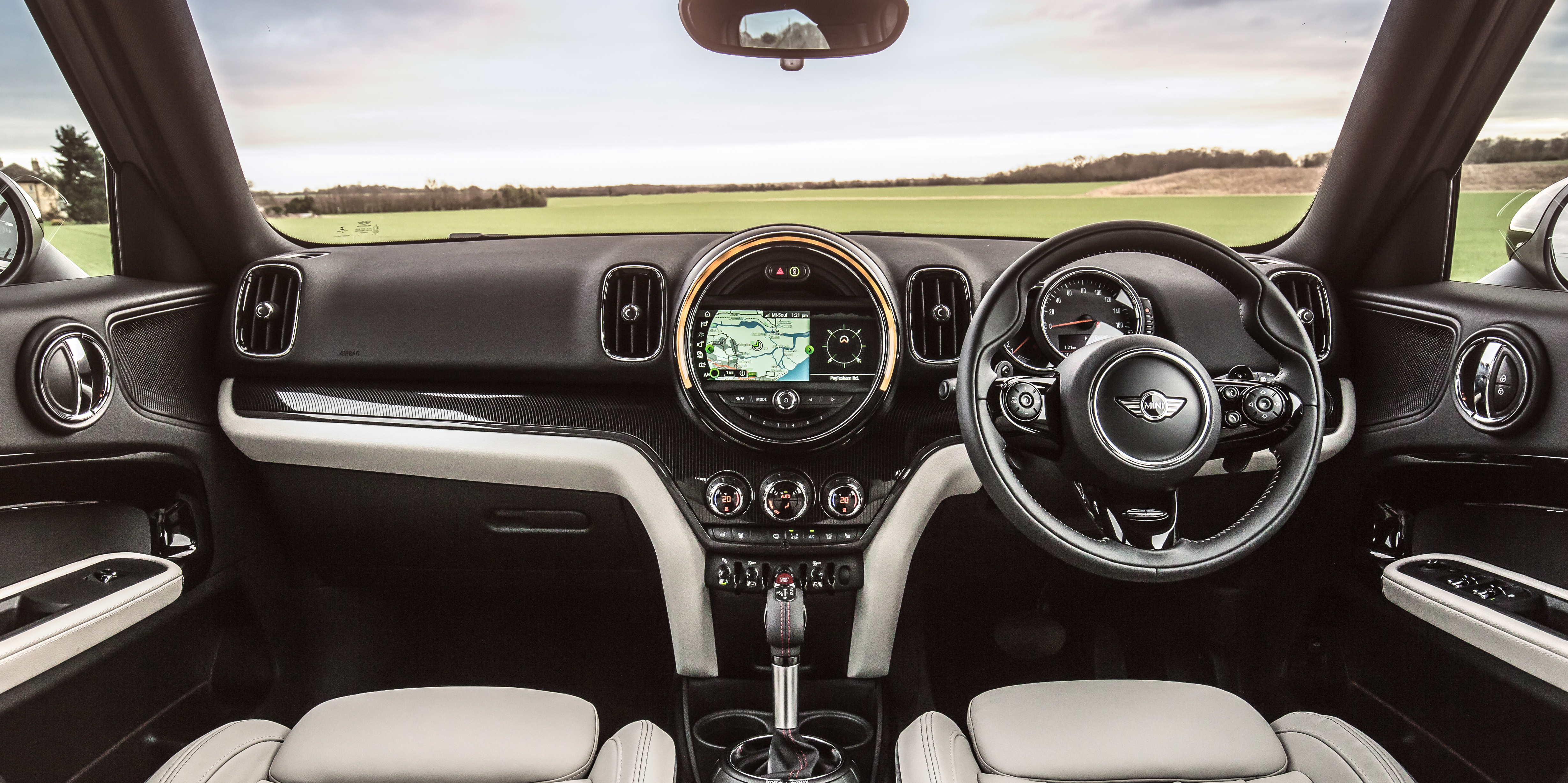 Mini Cooper Interior >> Mini Countryman Interior Infotainment Carwow