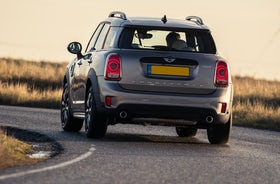 New MINI Countryman Review | carwow