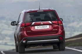 New Mitsubishi Outlander Review   carwow