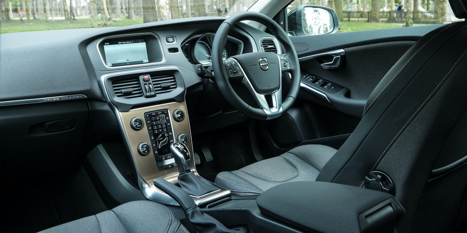 Volvo V40 Cross Country Review Carwow