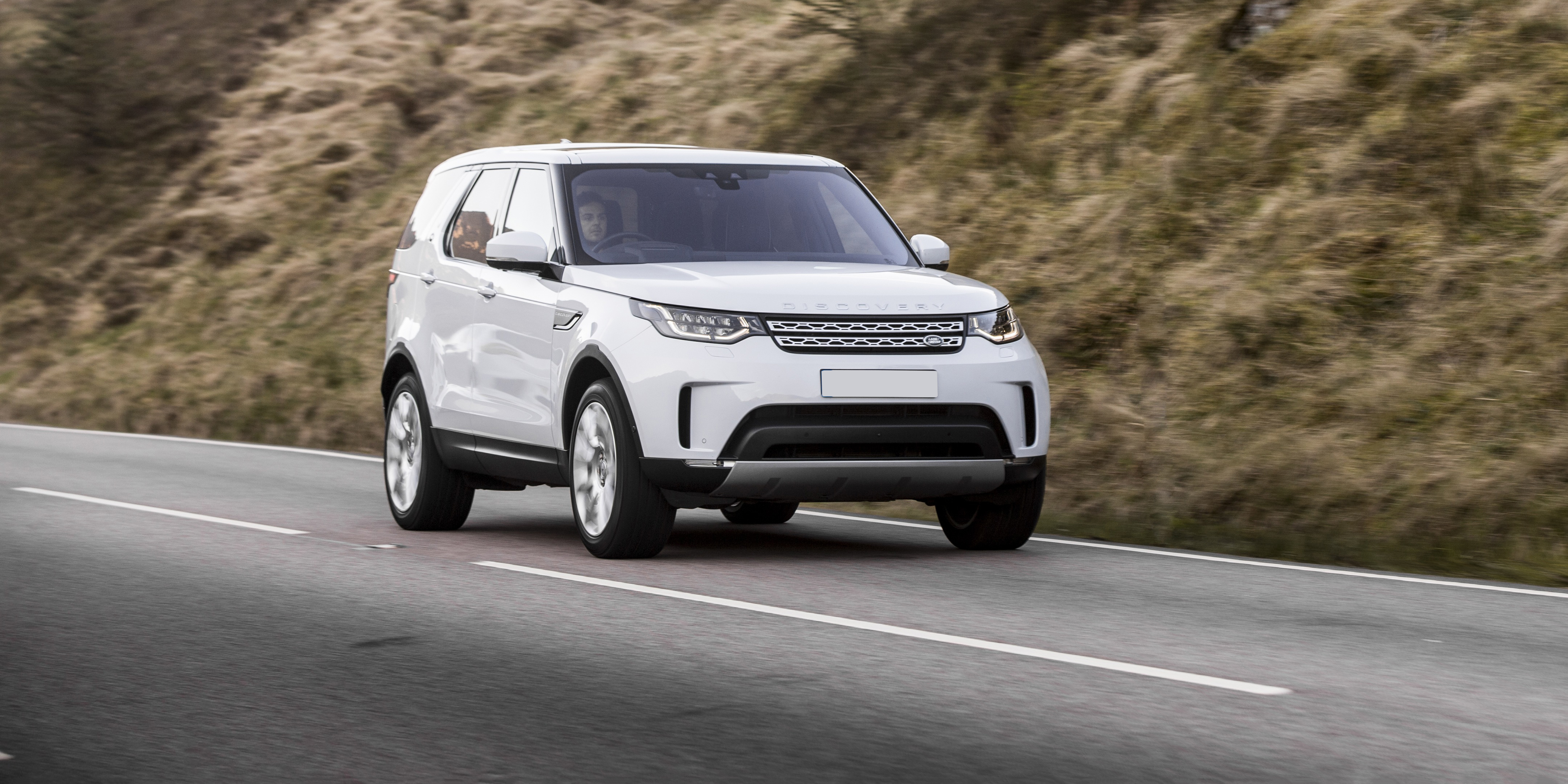 New Land Rover Discovery Review Carwow