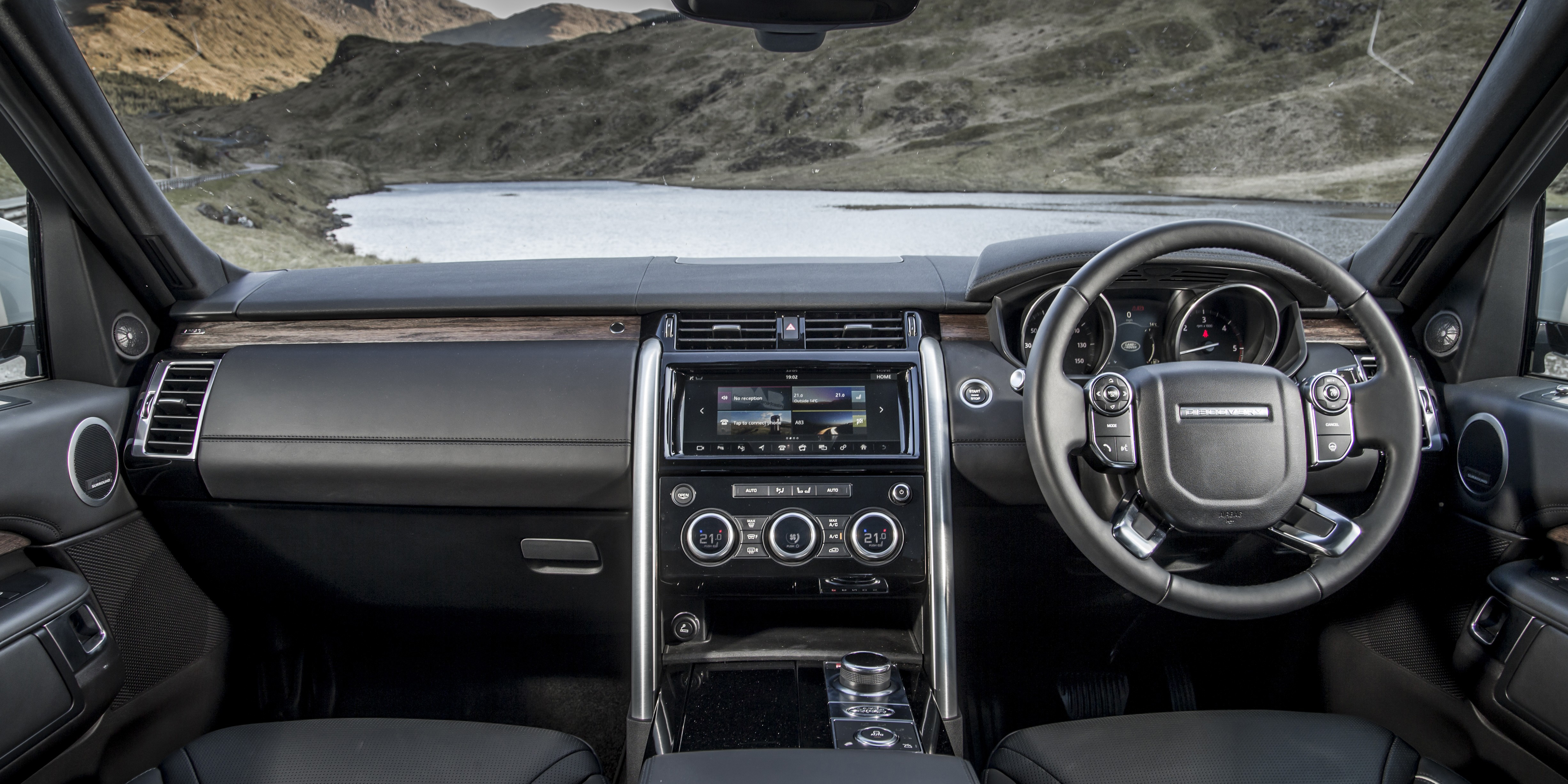 Land Rover Discovery Interior Amp Infotainment Carwow